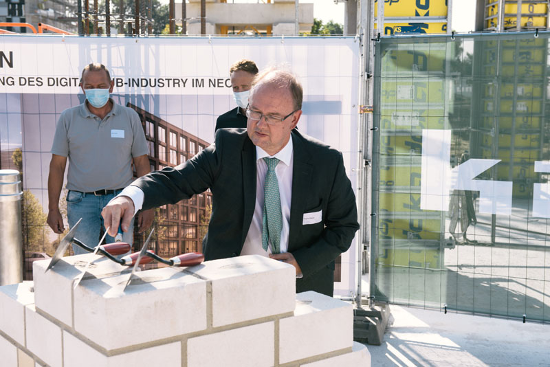 Frank Maier, CTO Lenze, at the laying of the foundation stone